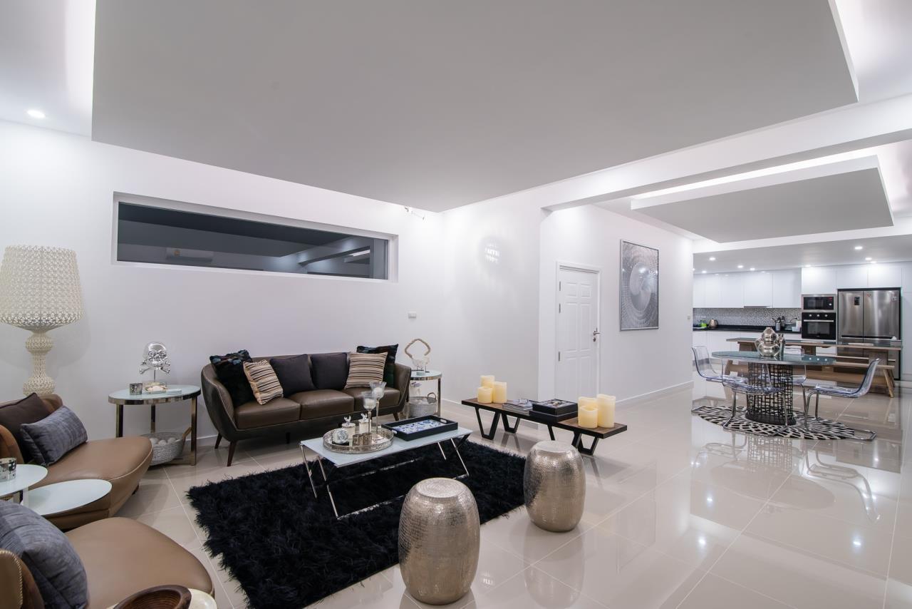 Thaiproperty1 Agency's Luxury 2-Storey Modern Pool Villa - Falcon Hill Hua Hin 8
