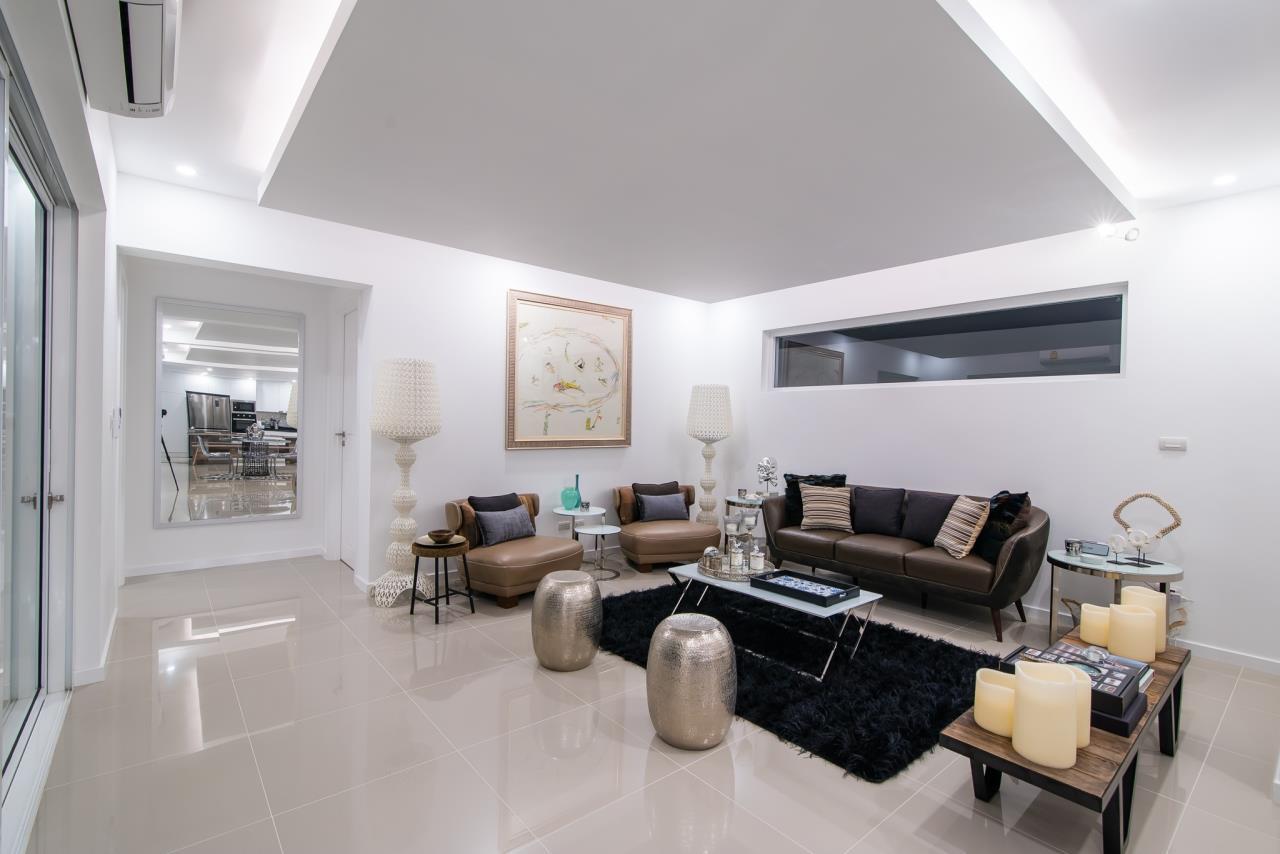 Thaiproperty1 Agency's Luxury 2-Storey Modern Pool Villa - Falcon Hill Hua Hin 6