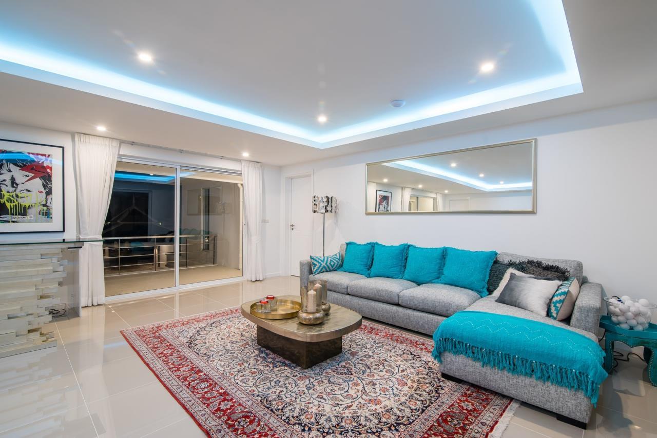 Thaiproperty1 Agency's Luxury 2-Storey Modern Pool Villa - Falcon Hill Hua Hin 27