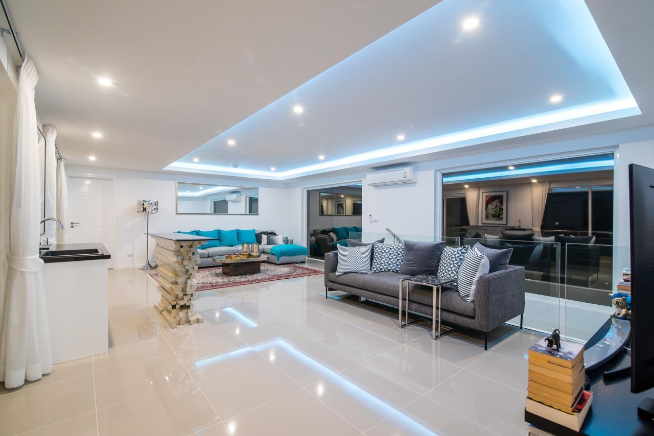 Thaiproperty1 Agency's Luxury 2-Storey Modern Pool Villa - Falcon Hill Hua Hin 25