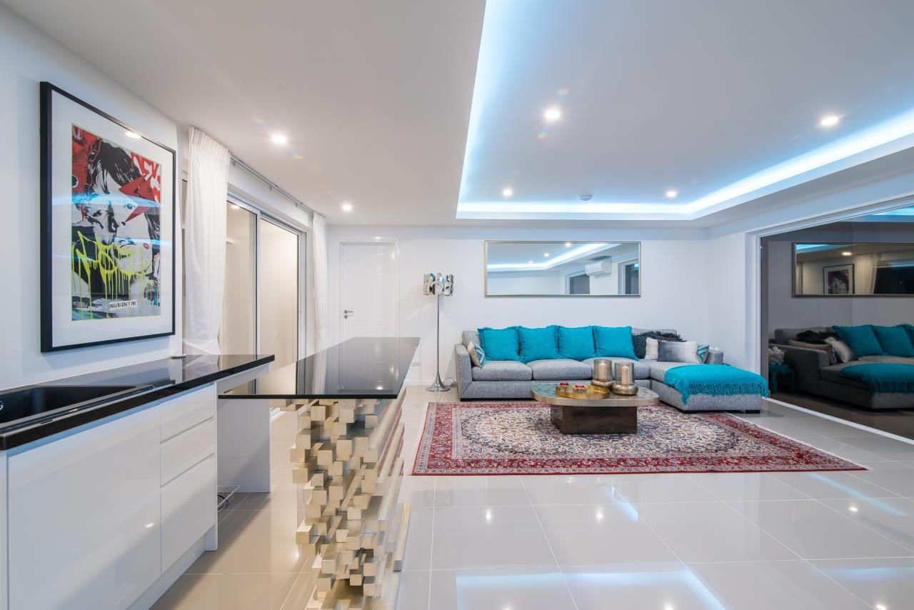Thaiproperty1 Agency's Luxury 2-Storey Modern Pool Villa - Falcon Hill Hua Hin 26