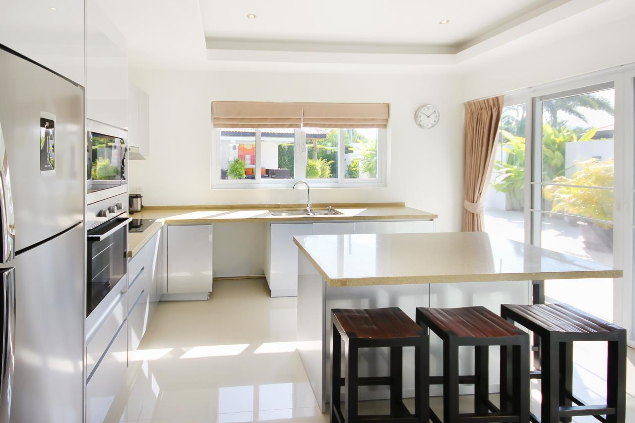 Thaiproperty1 Agency's Pool Villa With Guest House For Sale At Orchid Paradise Home 2 10