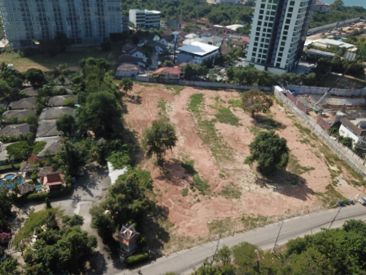 Thaiproperty1 Agency's Great Located 5 Rai Of Land For Sale In Second Road Jomtien    9