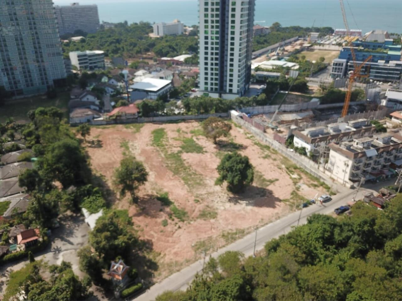 Thaiproperty1 Agency's Great Located 5 Rai Of Land For Sale In Second Road Jomtien    12
