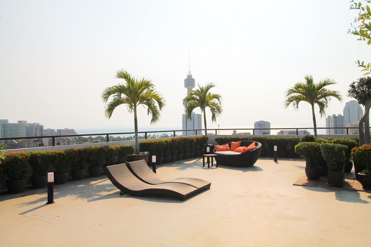 Thaiproperty1 Agency's Large 2 Bed Condo at Siam Ocean View  30