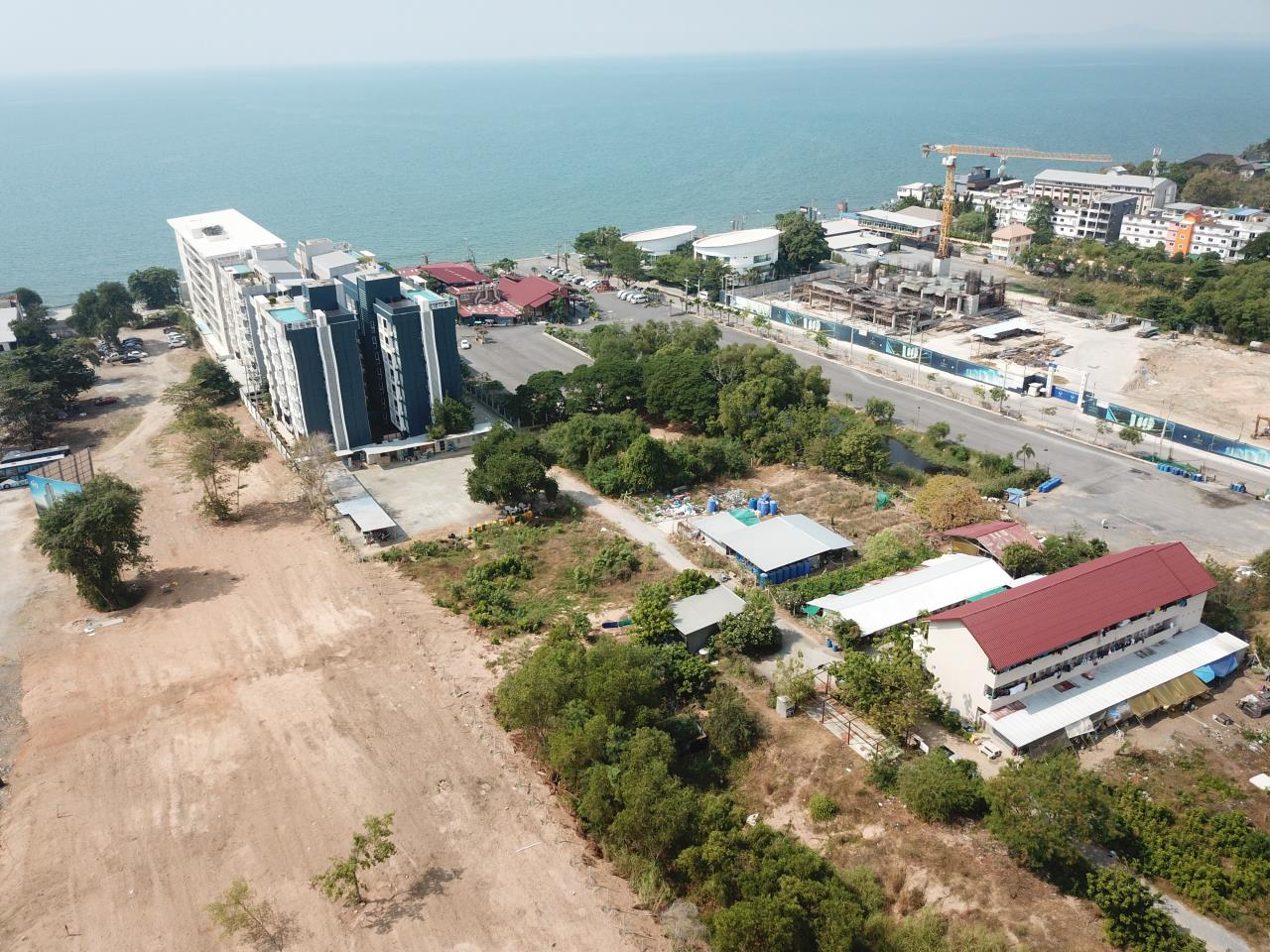Thaiproperty1 Agency's 2,160 Sq.m Land Behind Pupen Restaurant - Jomtien Beach Road 4
