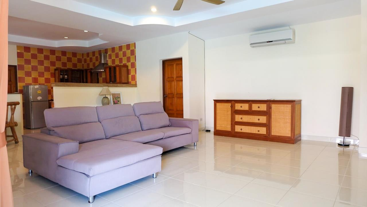 Thaiproperty1 Agency's 3 Bed pool villa for sale at Mabprachan - East Pattaya 6
