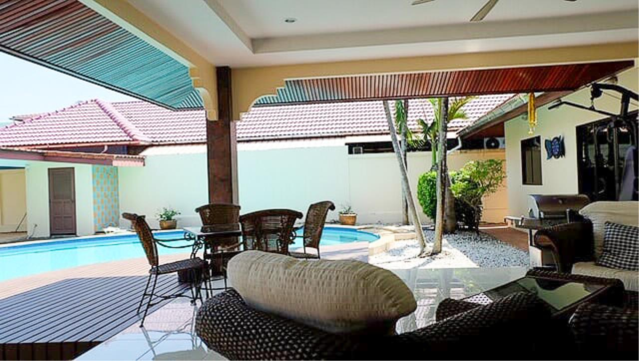 Thaiproperty1 Agency's 3 Bed pool villa for sale at Mabprachan - East Pattaya 29