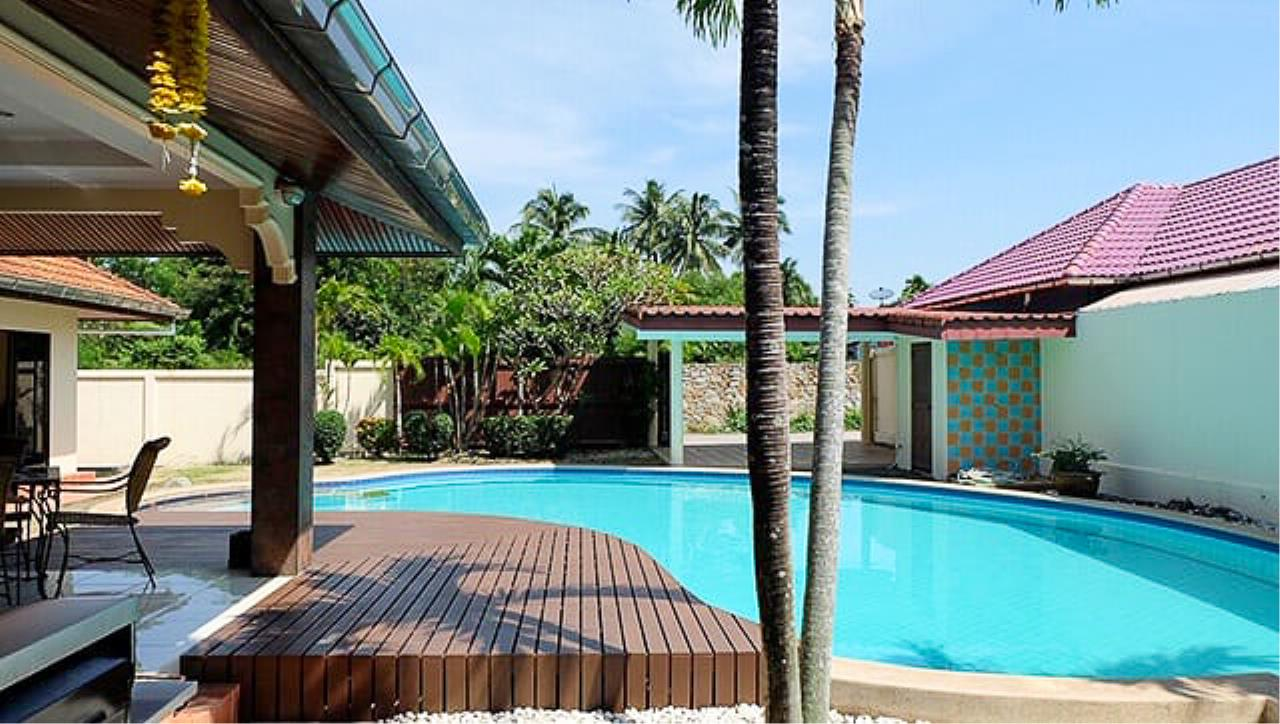Thaiproperty1 Agency's 3 Bed pool villa for sale at Mabprachan - East Pattaya 1