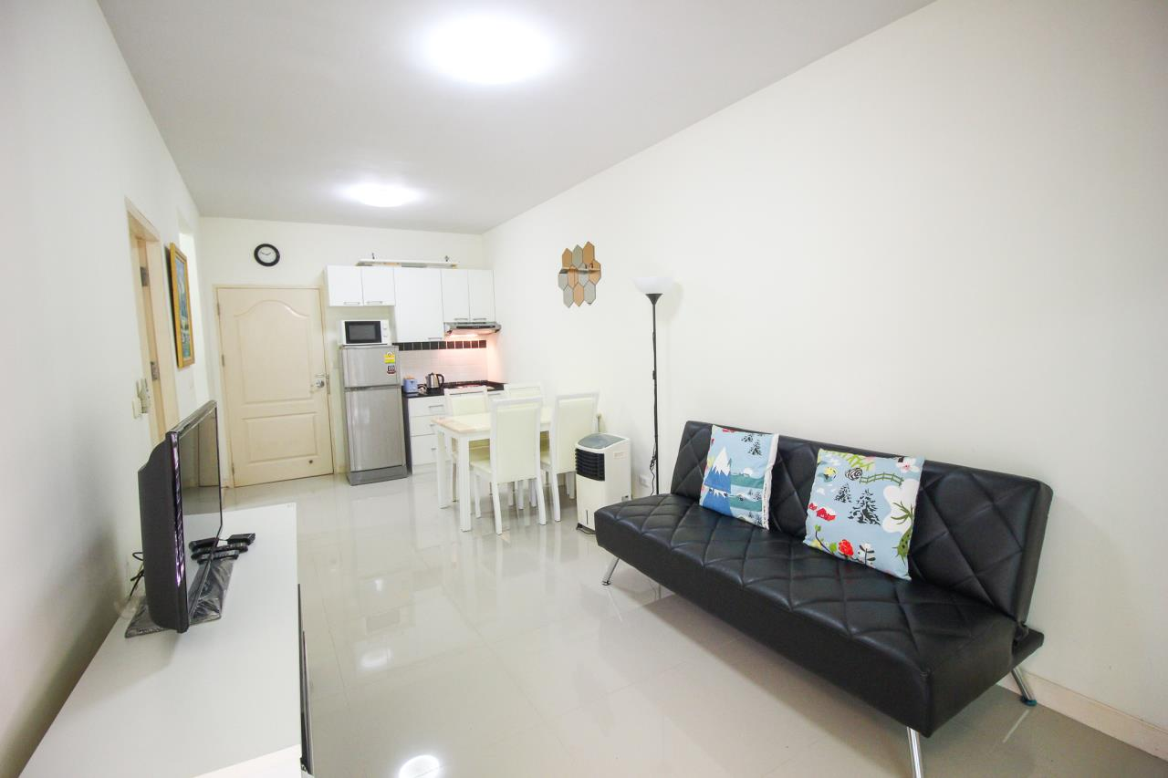 Thaiproperty1 Agency's Flametree Residence - Ground Floor One Bed Condo 4
