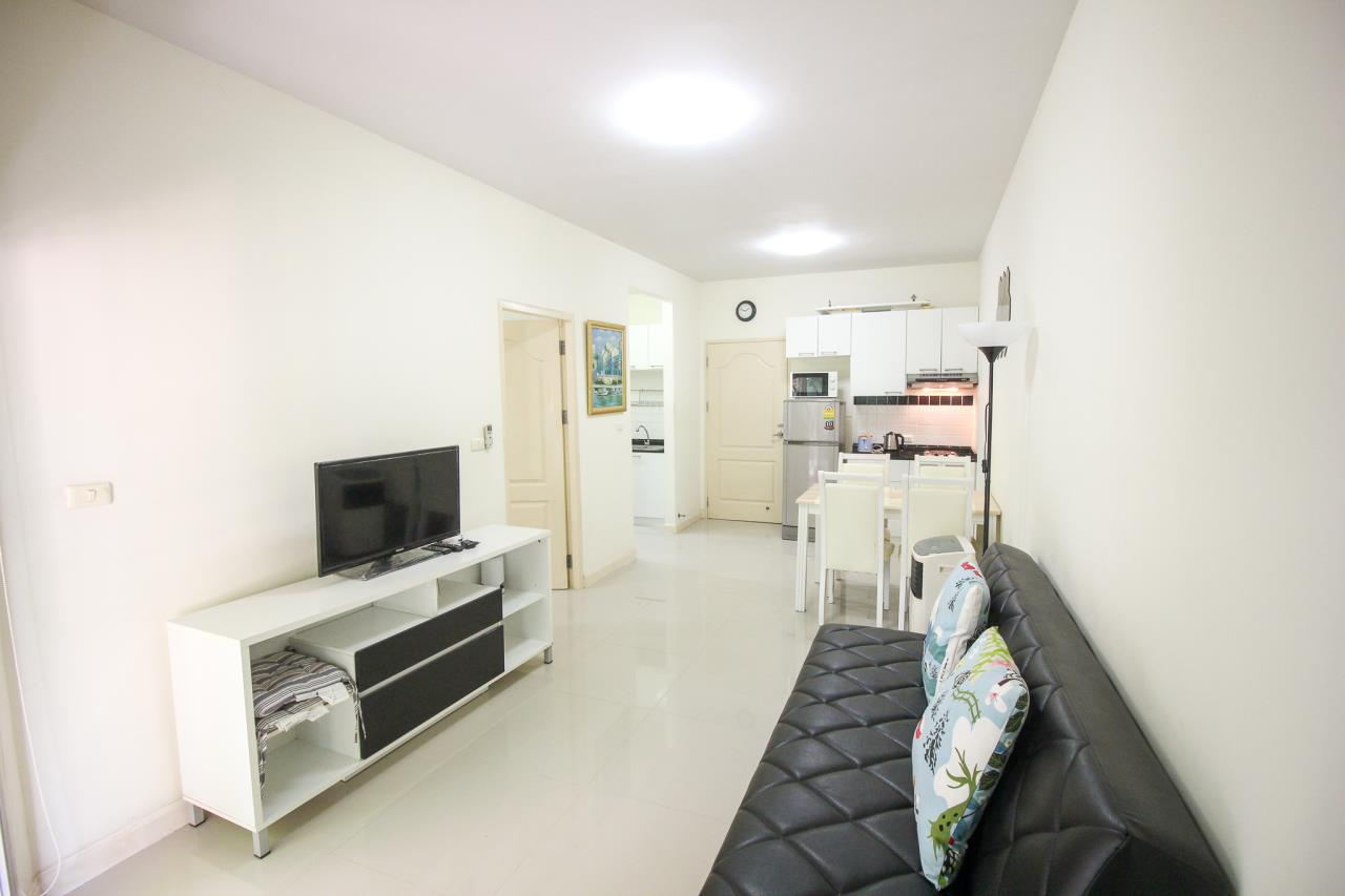 Thaiproperty1 Agency's Flametree Residence - Ground Floor One Bed Condo 5