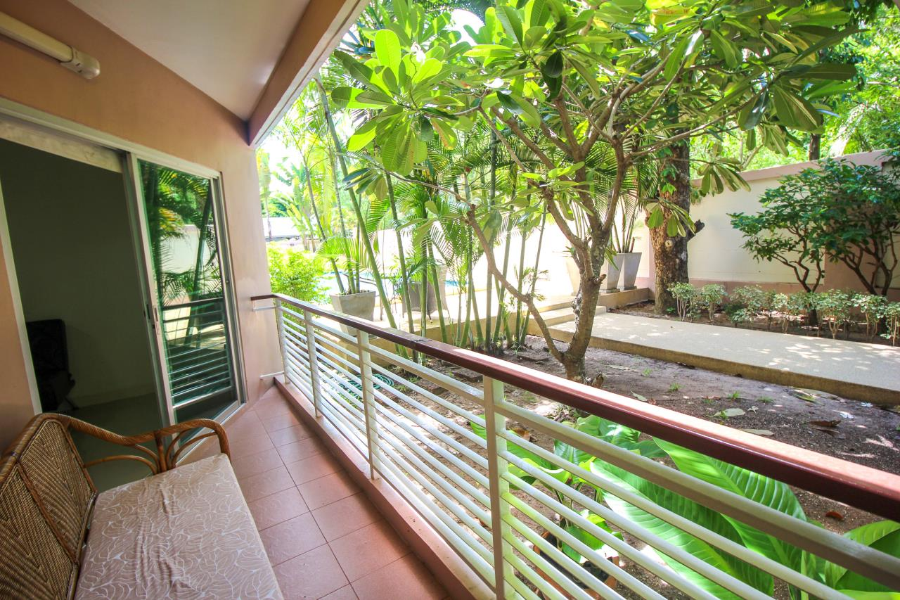 Thaiproperty1 Agency's Flametree Residence - Ground Floor One Bed Condo 3