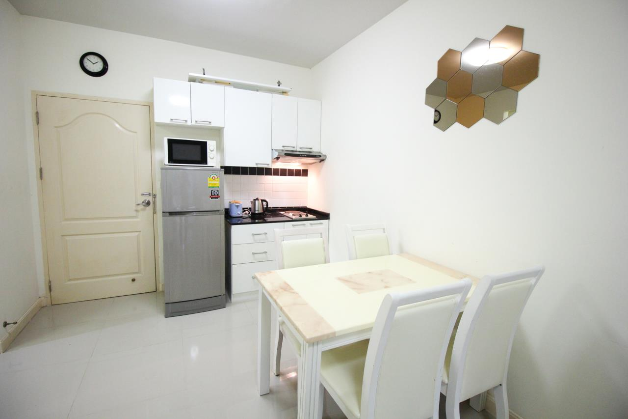 Thaiproperty1 Agency's Flametree Residence - Ground Floor One Bed Condo 7