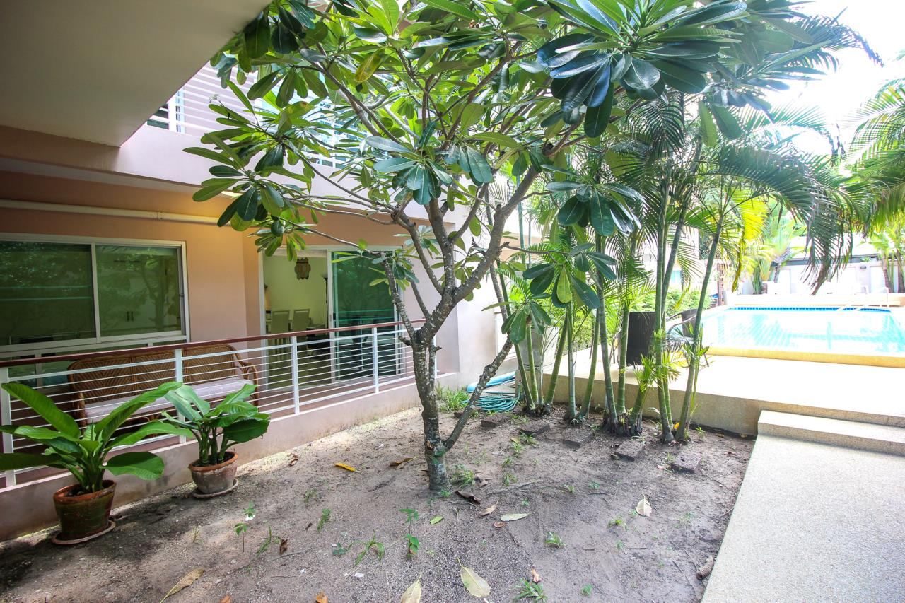 Thaiproperty1 Agency's Flametree Residence - Ground Floor One Bed Condo 2