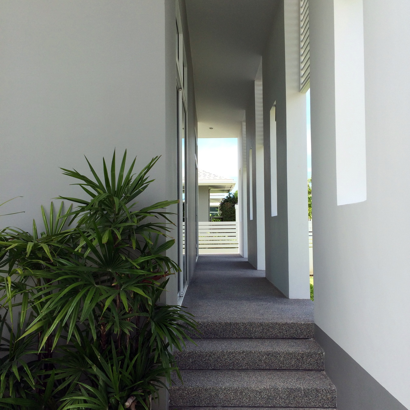Chaum Haus Agency's Modern Style Single Storied House, 3 Bed / 2 Bth,  with Prvate Pool for Sale 3