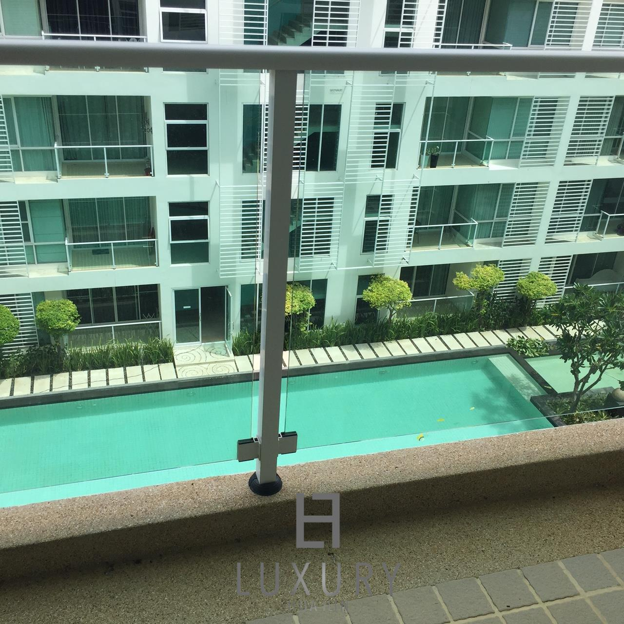 Luxury Hua Hin Property Agency's Great 1 Bedroom Pool View Condo 5