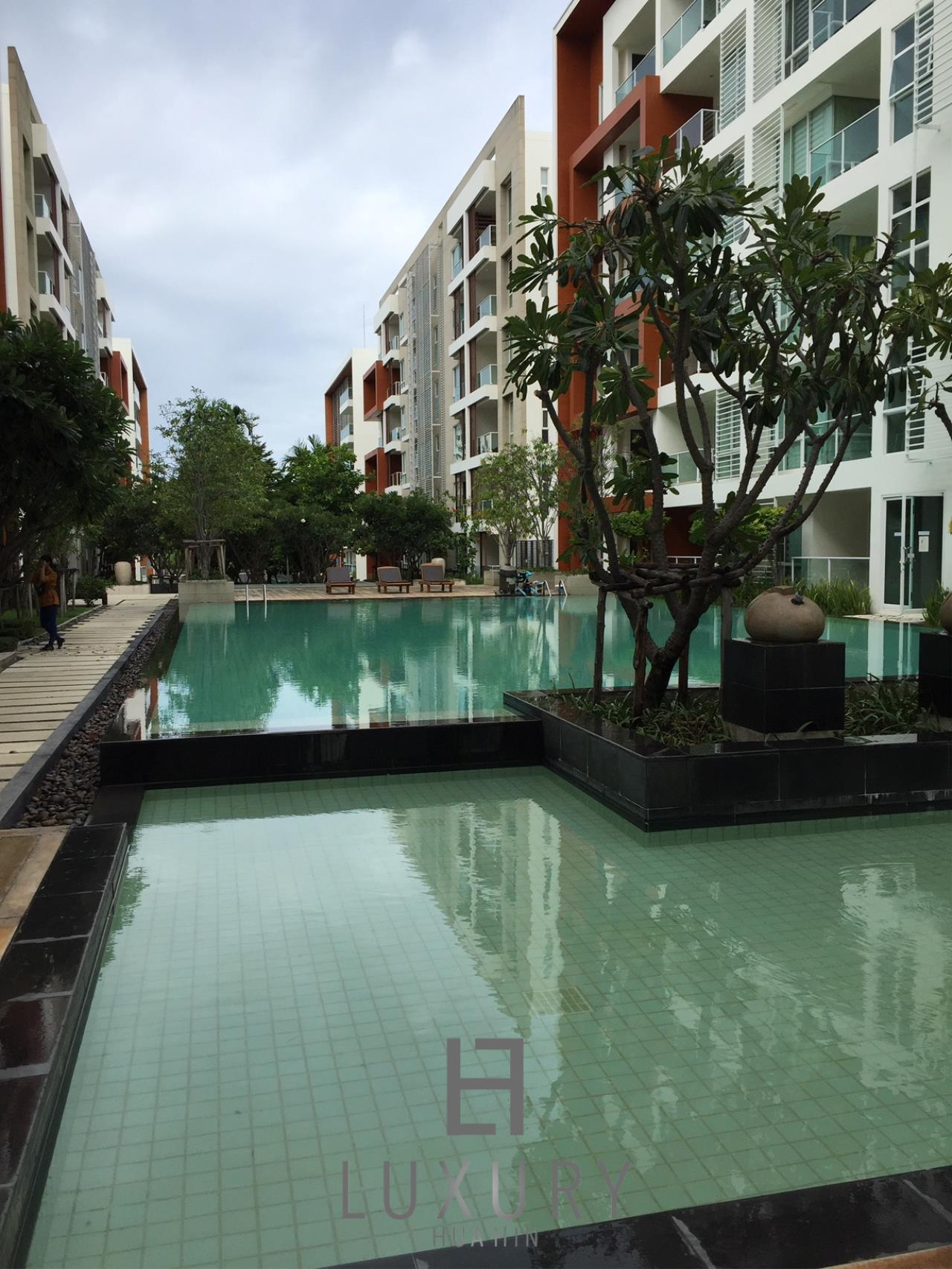 Luxury Hua Hin Property Agency's Great 1 Bedroom Pool View Condo 3