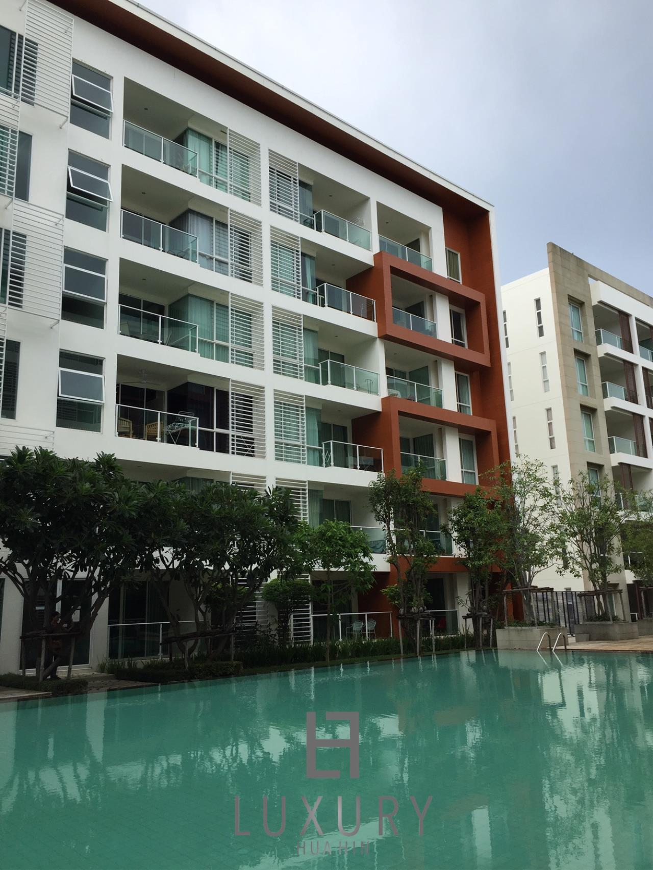 Luxury Hua Hin Property Agency's Great 1 Bedroom Pool View Condo 2