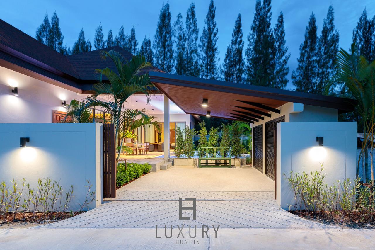 Luxury Hua Hin Property Agency's New Development - Well Designed 3 Bedroom Pool Villa  6