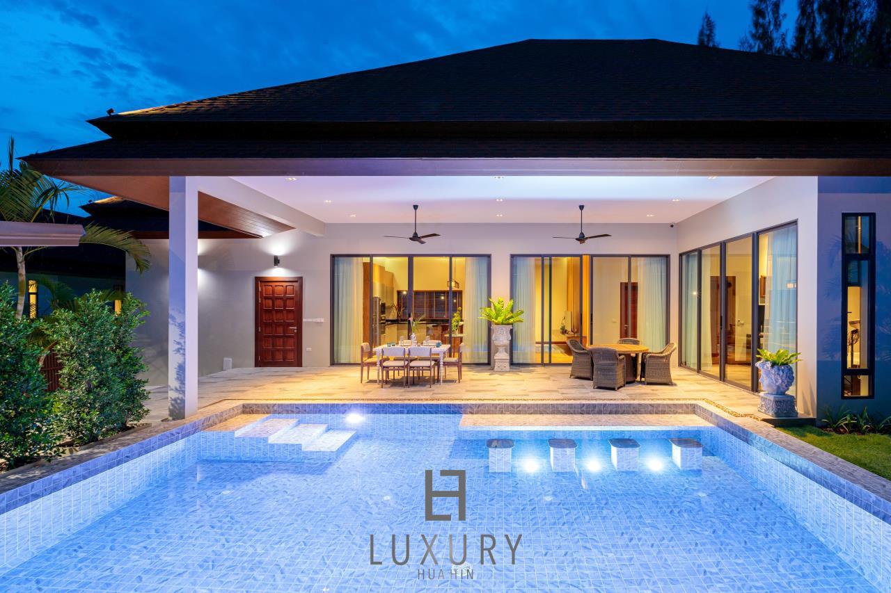Luxury Hua Hin Property Agency's New Development - Well Designed 3 Bedroom Pool Villa  3