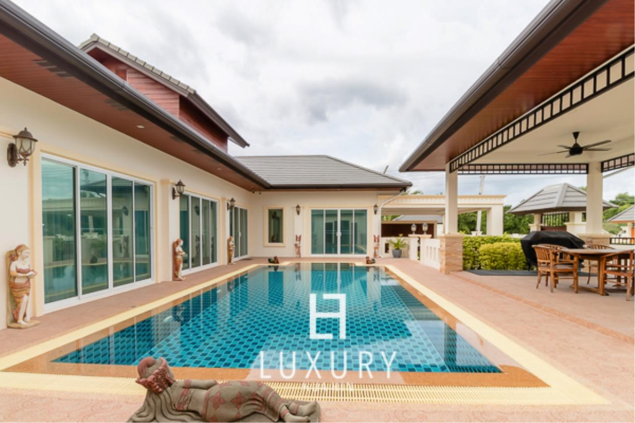 Luxury Hua Hin Property Agency's 3 Bedroom L Shaped pool villa 1
