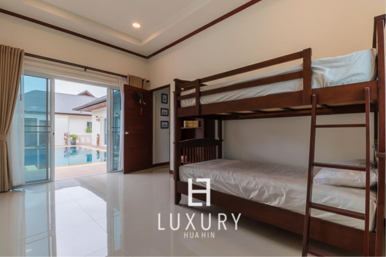 Luxury Hua Hin Property Agency's 3 Bedroom L Shaped pool villa 11