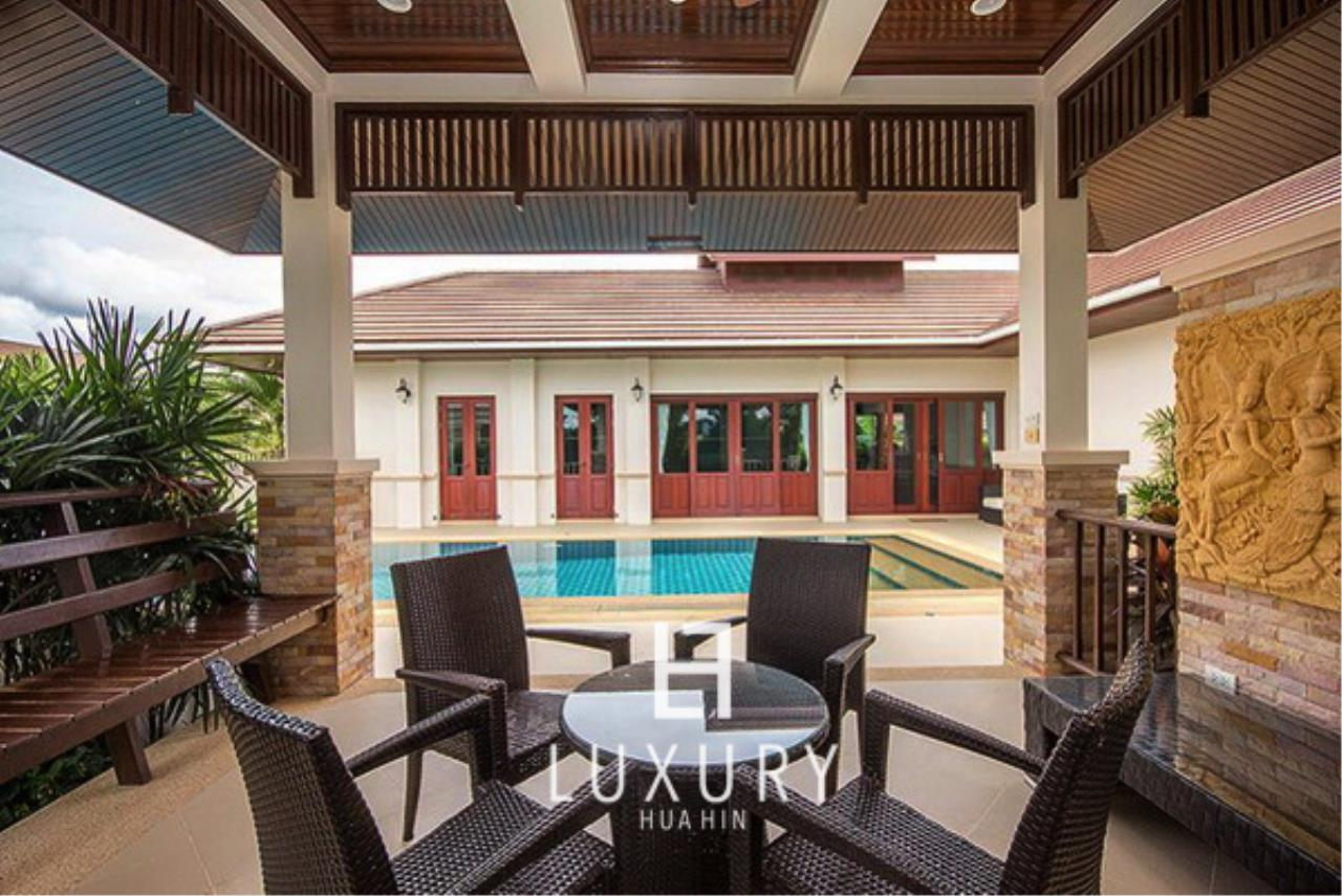Luxury Hua Hin Property Agency's Bali Style 3 Bedroom Pool Villa 3