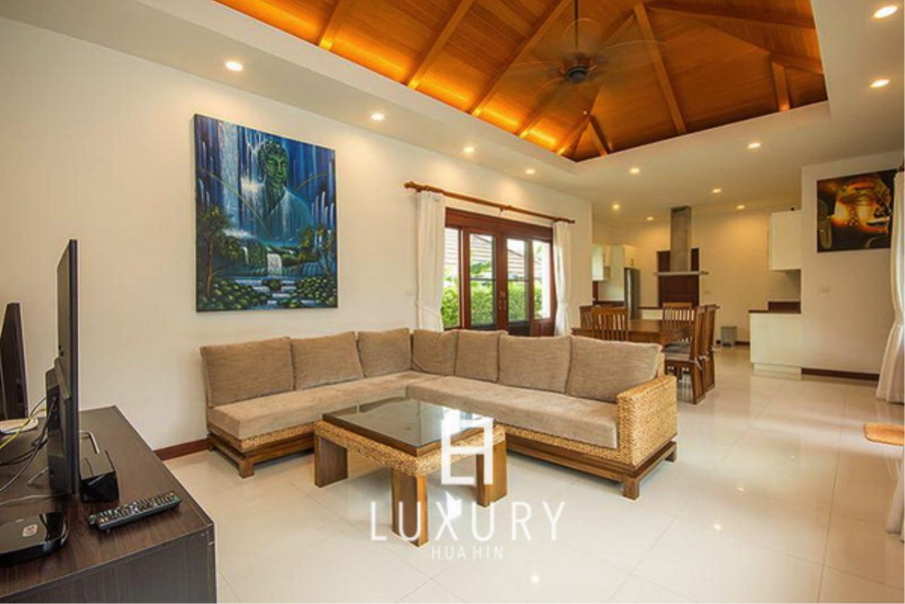 Luxury Hua Hin Property Agency's Bali Style 3 Bedroom Pool Villa 5