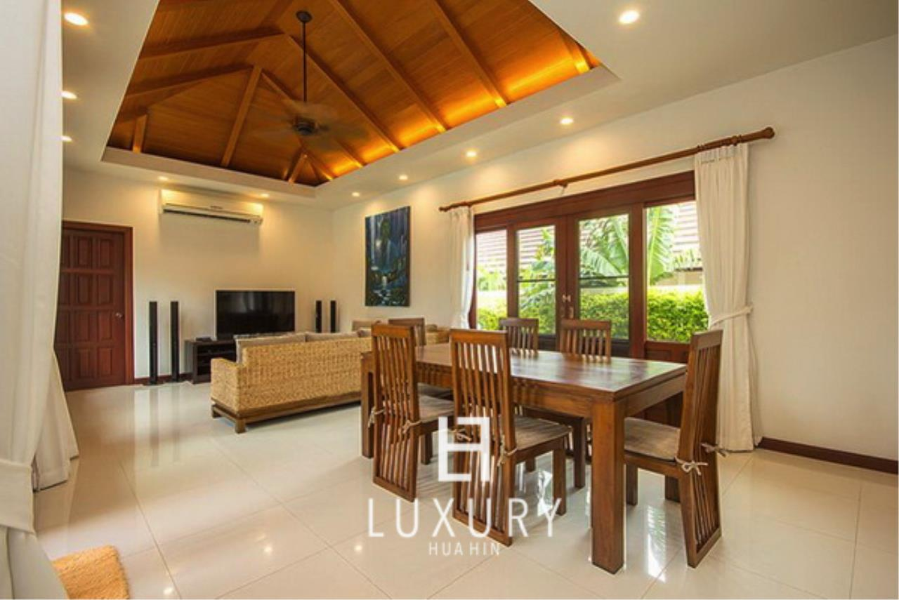 Luxury Hua Hin Property Agency's Bali Style 3 Bedroom Pool Villa 6