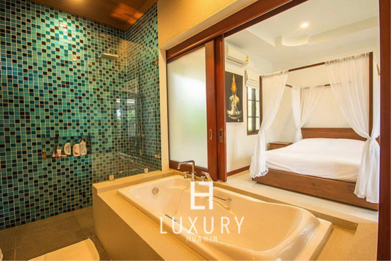 Luxury Hua Hin Property Agency's Bali Style 3 Bedroom Pool Villa 9