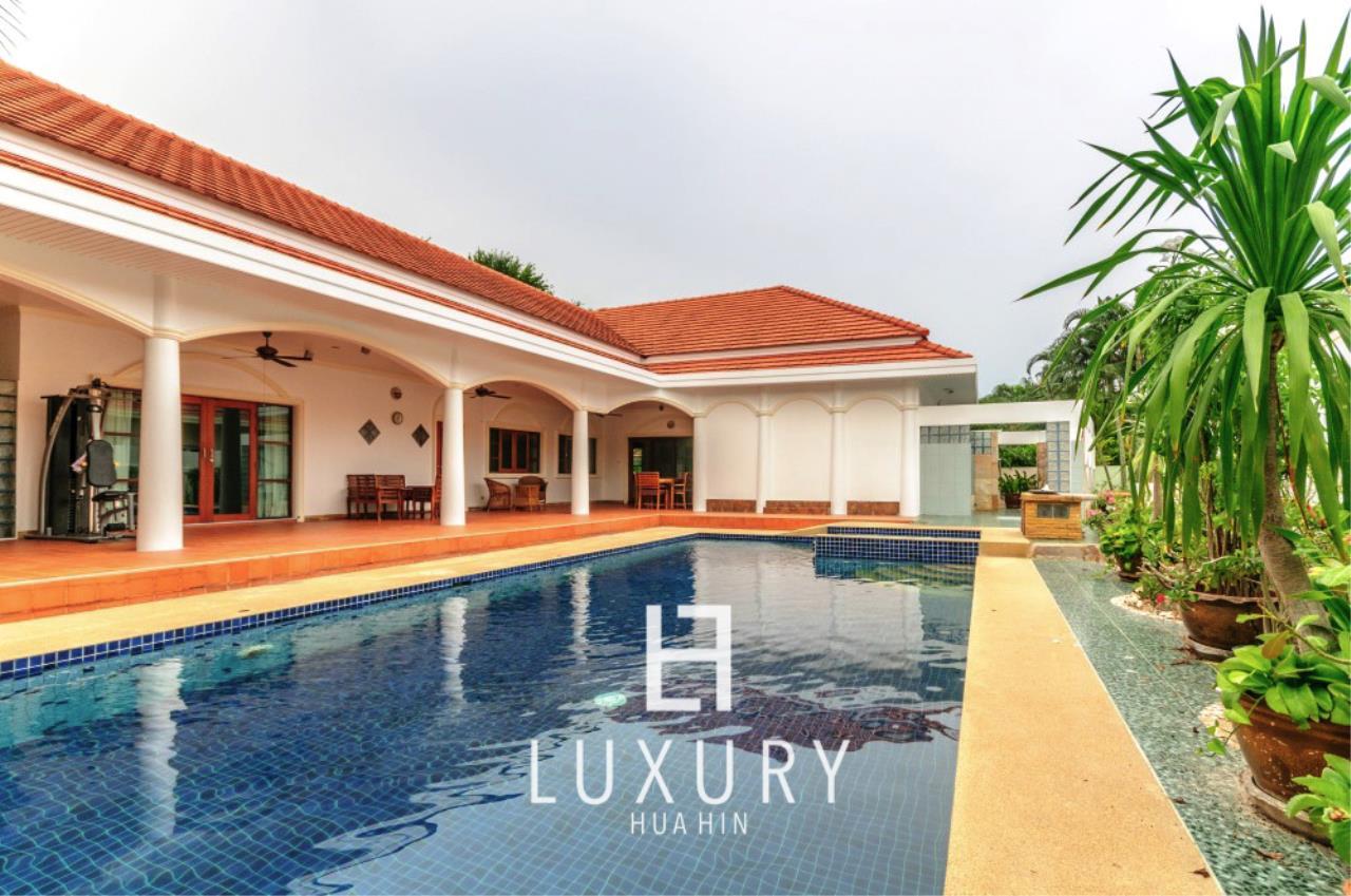 Luxury Hua Hin Property Agency's Large 4 Bedroom Villa  1