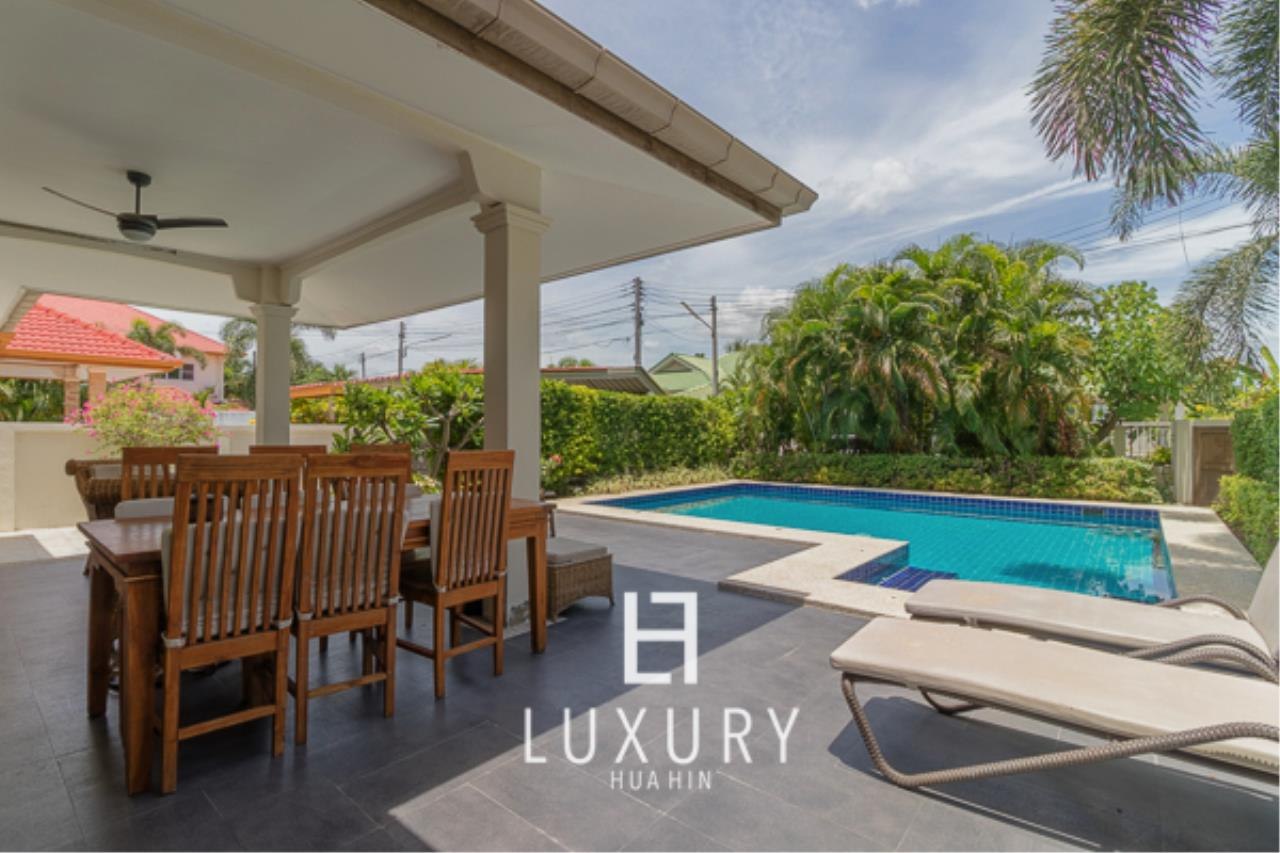Luxury Hua Hin Property Agency's 3 Bedroom Pool Villa Close to Town 4