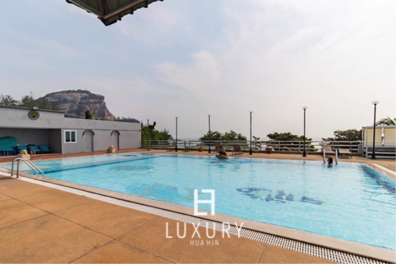 Luxury Hua Hin Property Agency's 2 Bedroom condo with Sea and Mountain views 9