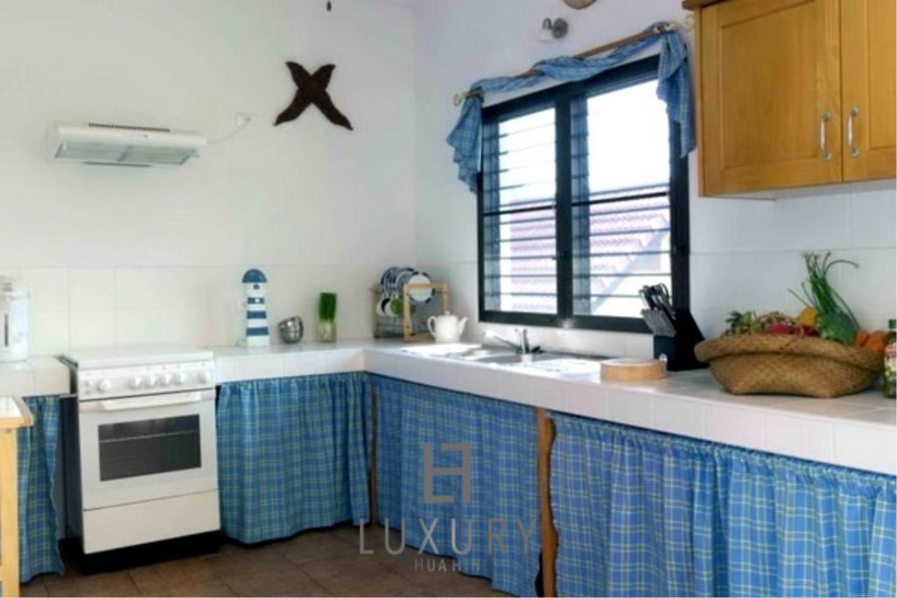 Luxury Hua Hin Property Agency's Beachfront 2 storey Villas on 2 Rai of Land 14