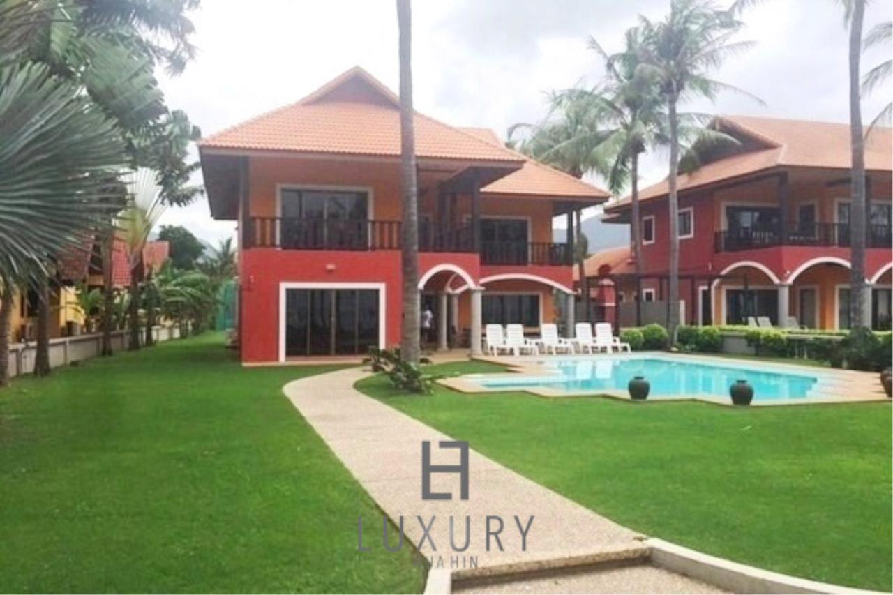 Luxury Hua Hin Property Agency's Beachfront 2 storey Villas on 2 Rai of Land 2
