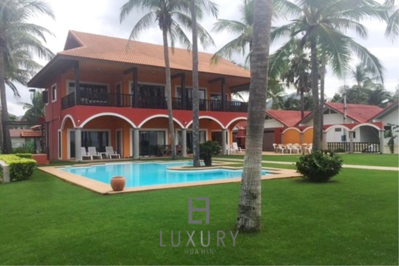 Luxury Hua Hin Property Agency's Beachfront 2 storey Villas on 2 Rai of Land 6