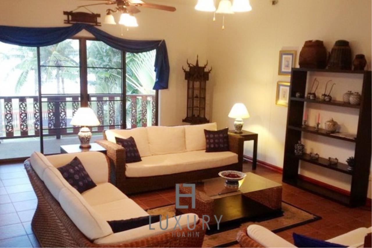 Luxury Hua Hin Property Agency's Beachfront 2 storey Villas on 2 Rai of Land 13