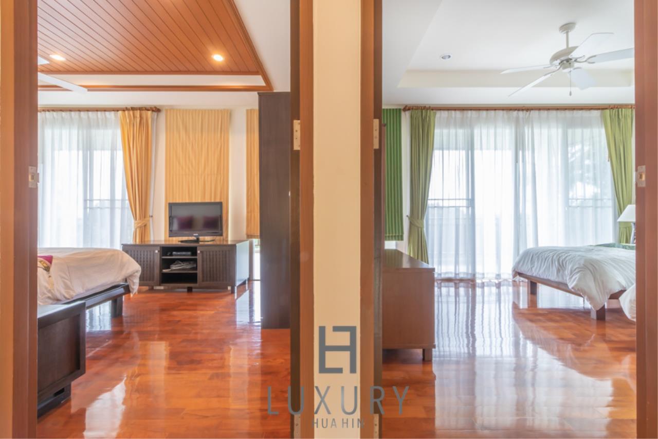 Luxury Hua Hin Property Agency's 3 Bedroom Pool Villa 14