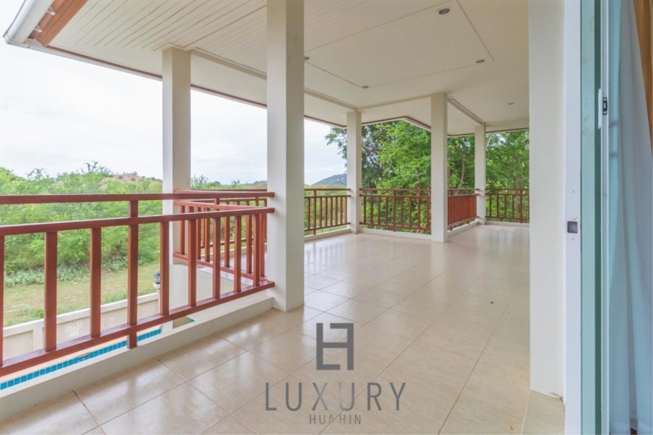 Luxury Hua Hin Property Agency's 3 Bedroom Pool Villa 22