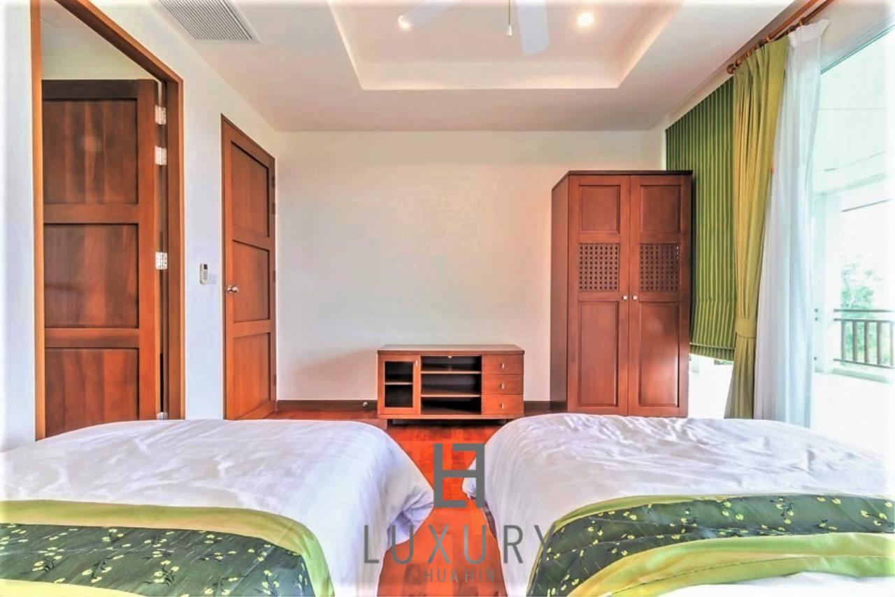 Luxury Hua Hin Property Agency's 3 Bedroom Pool Villa 25