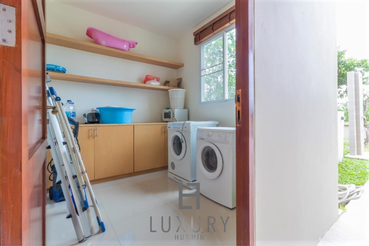 Luxury Hua Hin Property Agency's 3 Bedroom Pool Villa 29