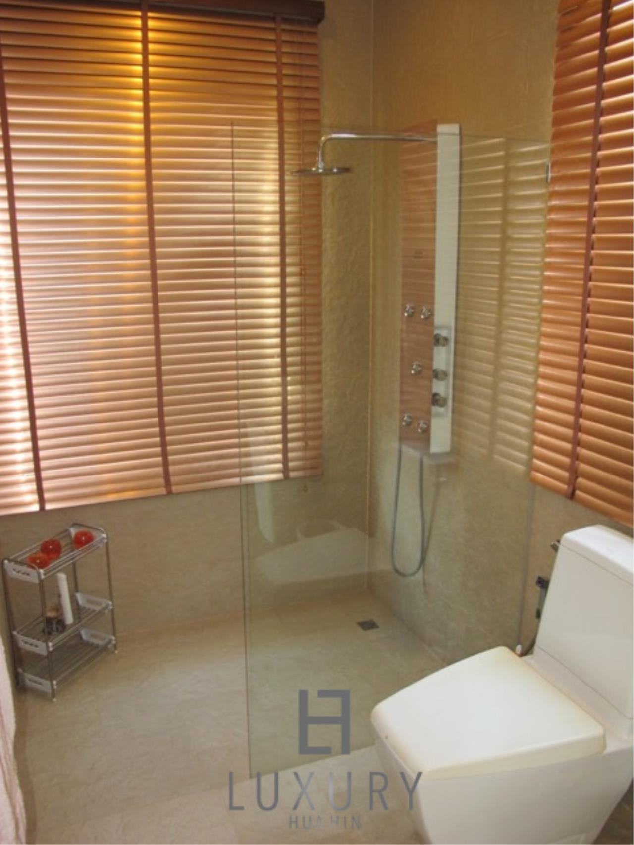 Luxury Hua Hin Property Agency's Luxury 3 Bedroom Pool Villa  31