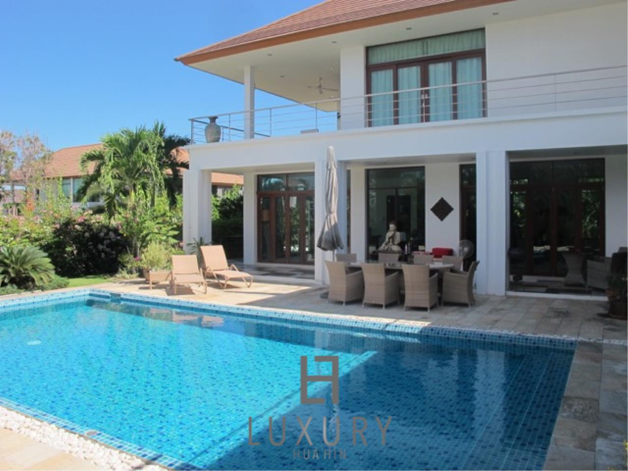 Luxury Hua Hin Property Agency's Luxury 3 Bedroom Pool Villa  3