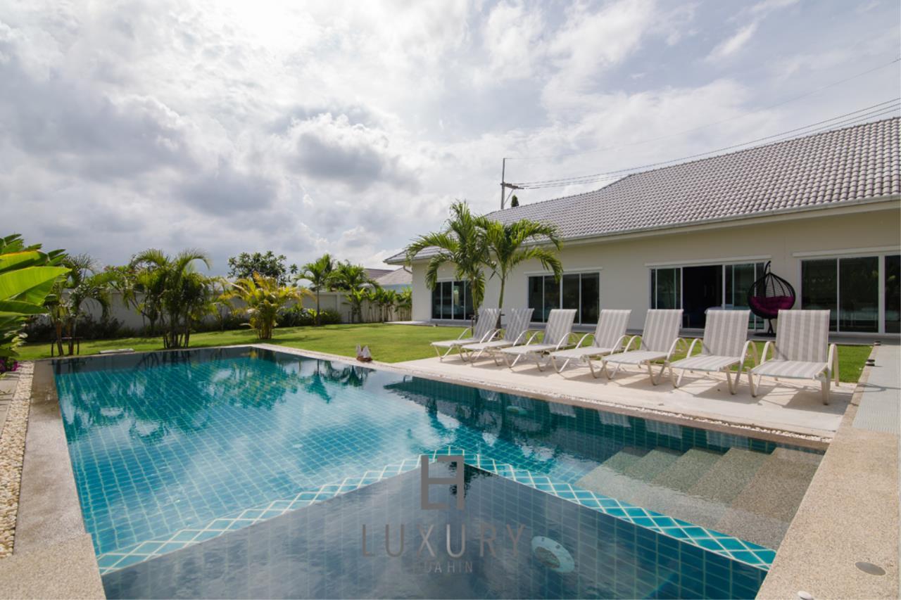 Luxury Hua Hin Property Agency's Private 4 Bedroom Pool Villa  3