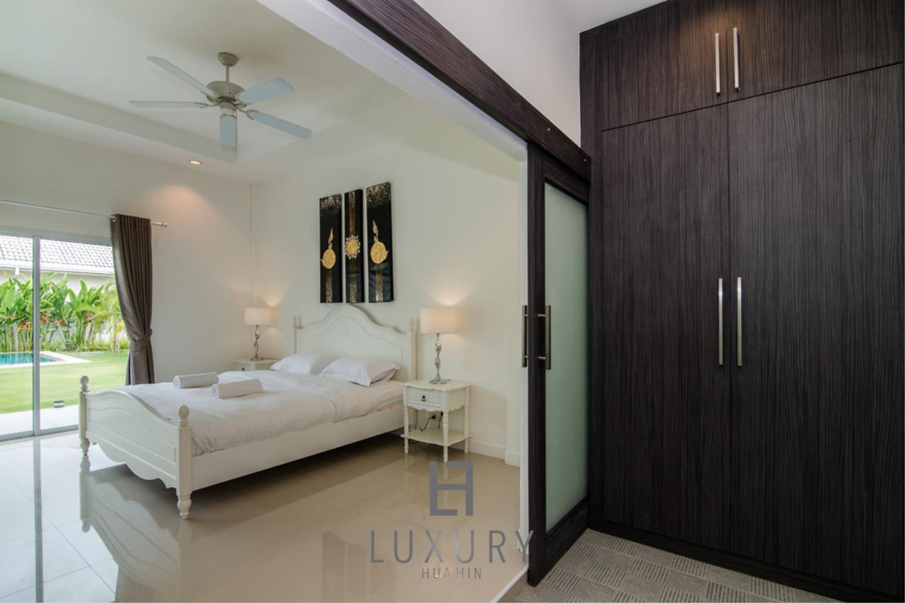 Luxury Hua Hin Property Agency's Private 4 Bedroom Pool Villa  30