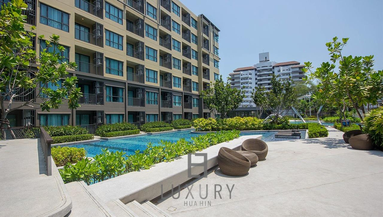 Luxury Hua Hin Property Agency's 1 Bedroom Condo Close To The Beach 1