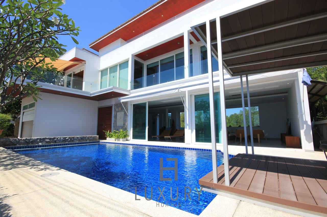 Luxury Hua Hin Property Agency's 4 Bedroom Beach Pool Villa In Cha Am  1