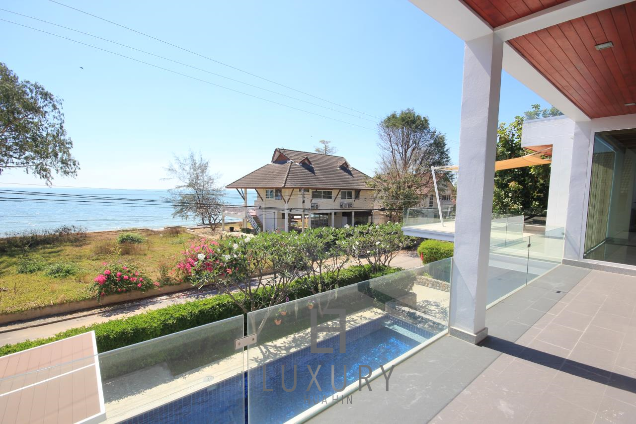 Luxury Hua Hin Property Agency's 4 Bedroom Beach Pool Villa In Cha Am  15