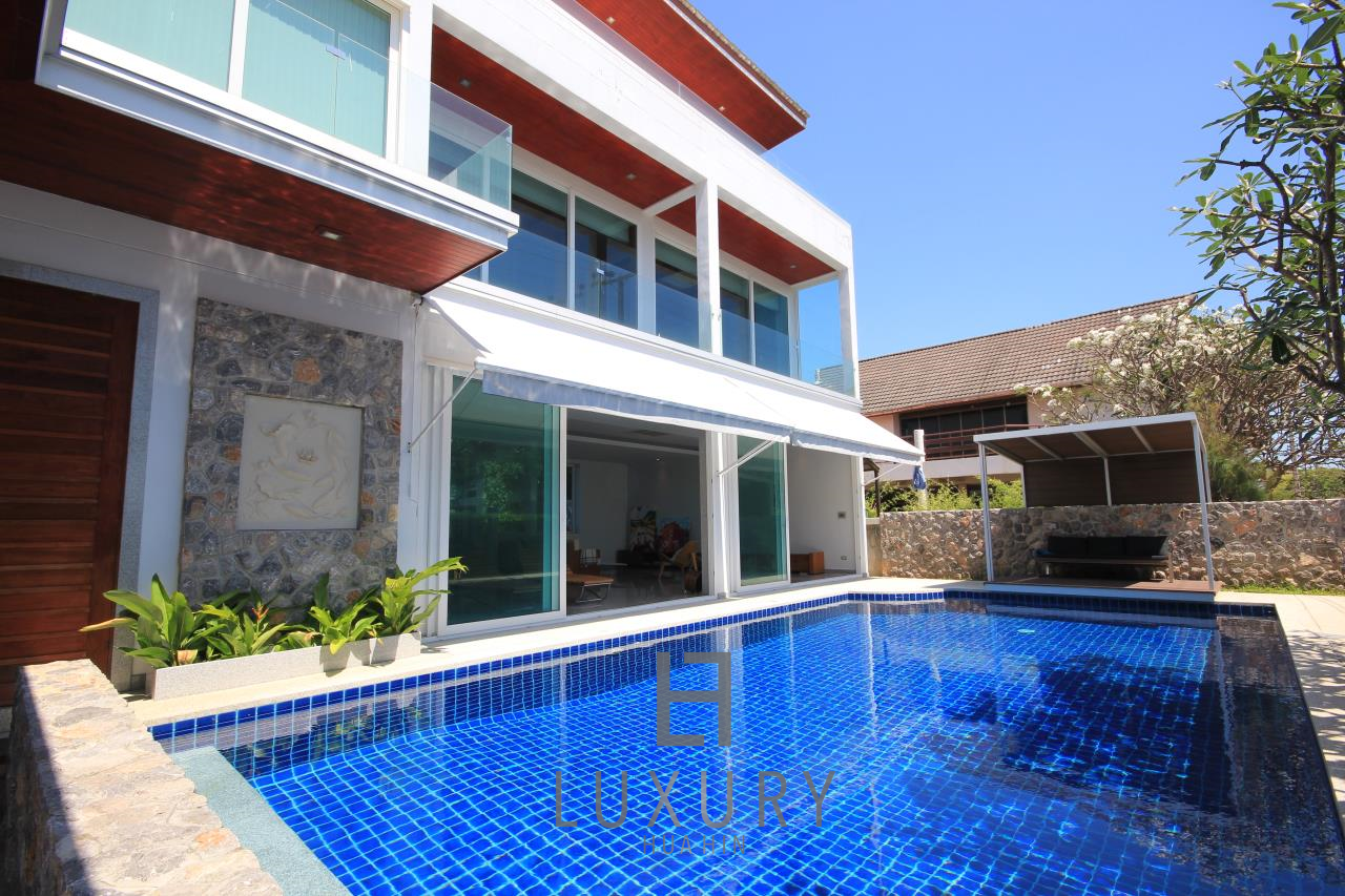 Luxury Hua Hin Property Agency's 4 Bedroom Beach Pool Villa In Cha Am  2