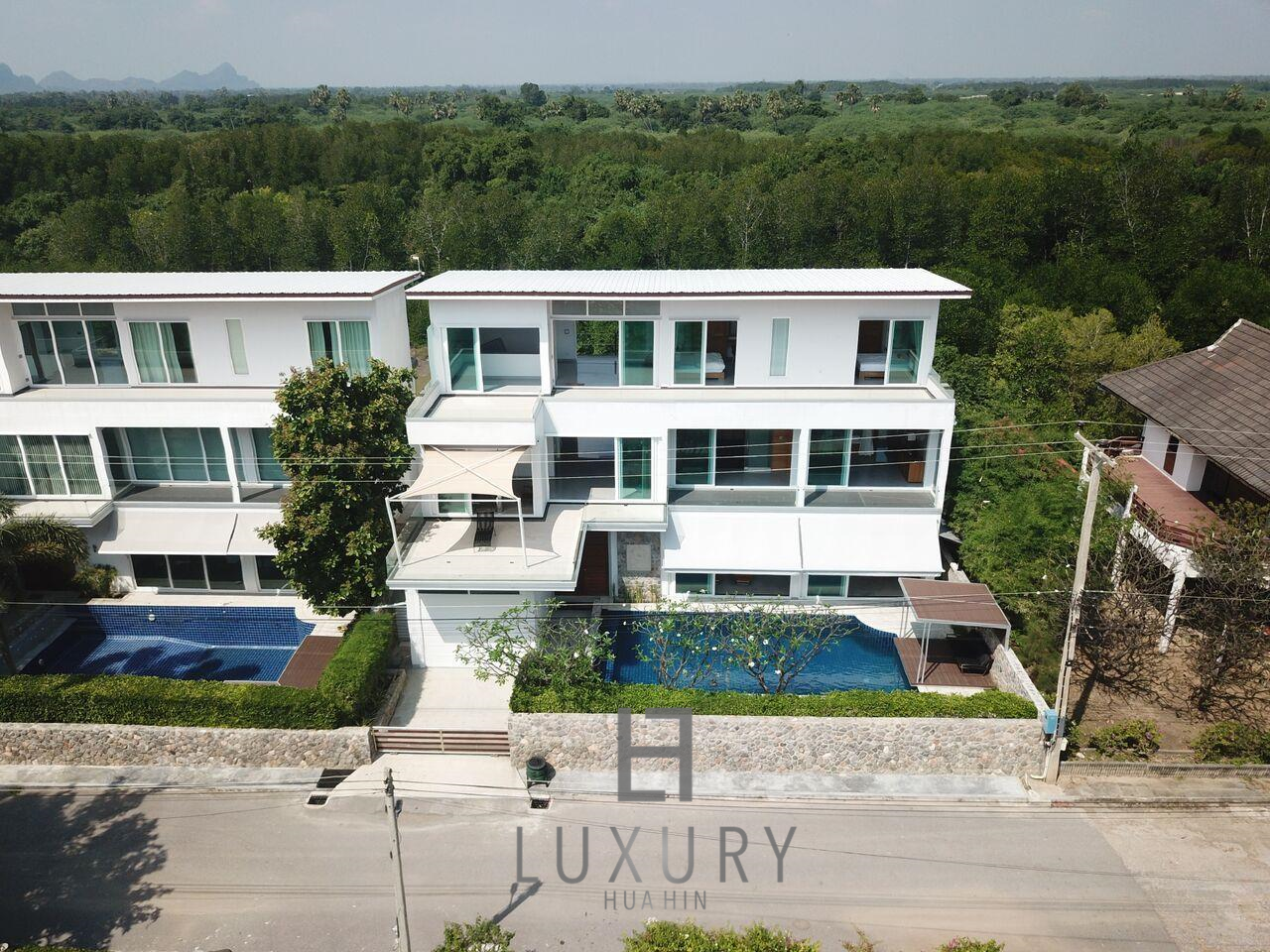 Luxury Hua Hin Property Agency's 4 Bedroom Beach Pool Villa In Cha Am  25